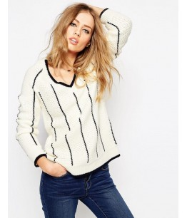 Cricket Jumper with V Neck and Tipping